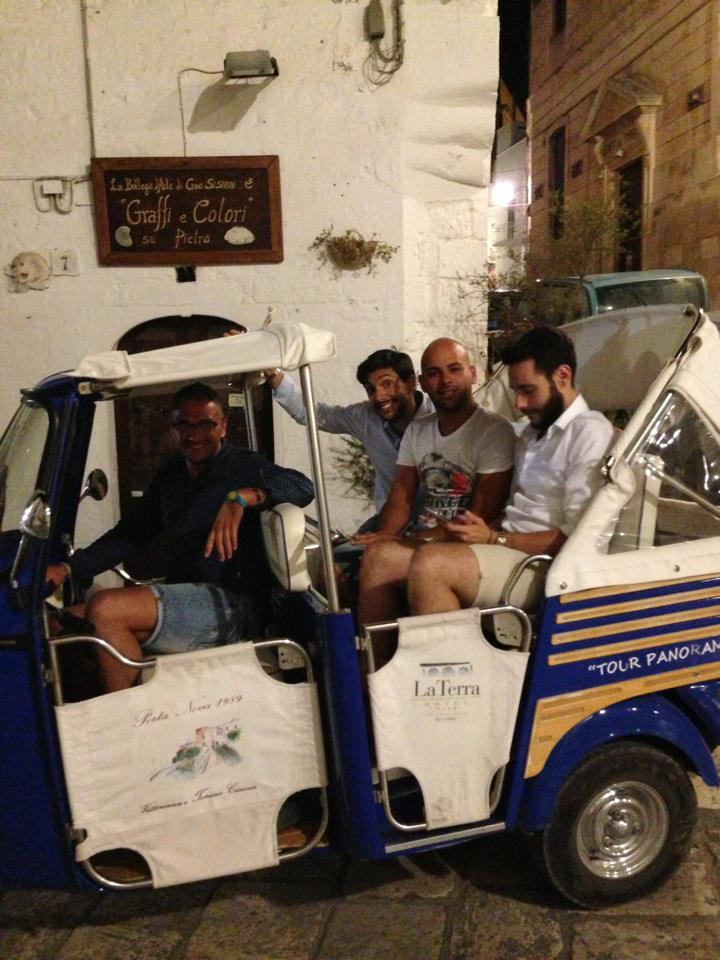 Il tour in Apecar (ph: Alessandro Sorada)