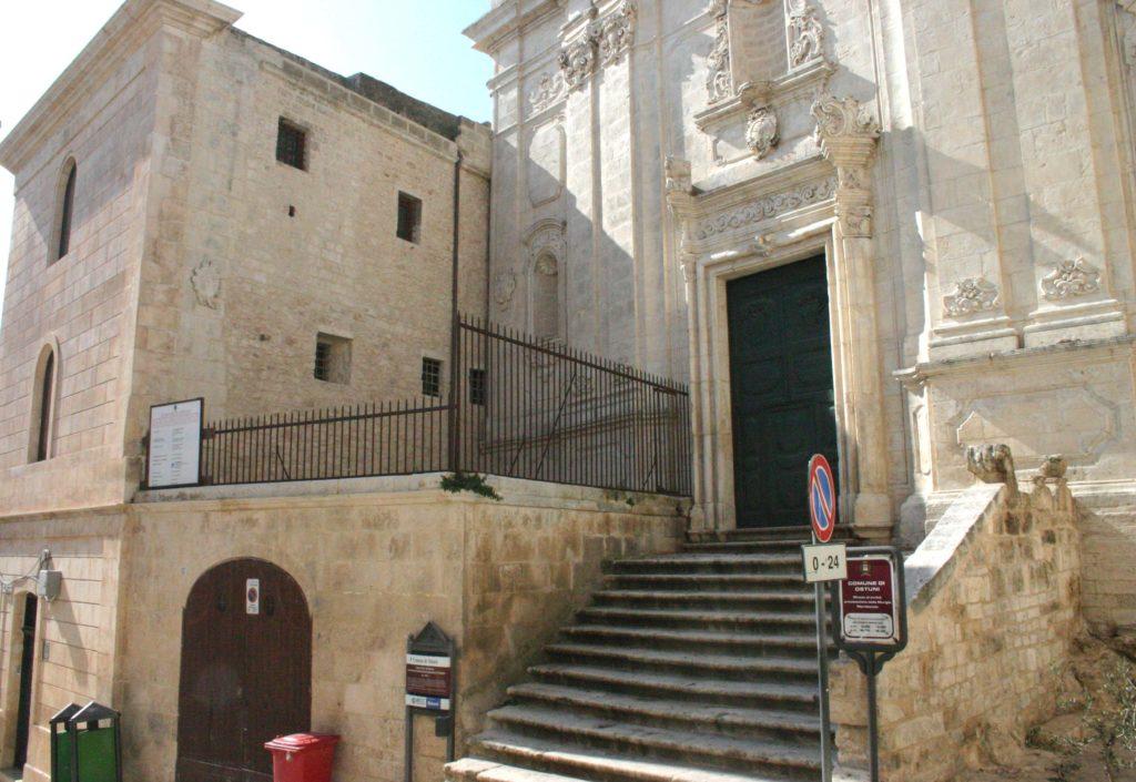 BR, OSTUNI, foto orizzontale, facciata del Museo