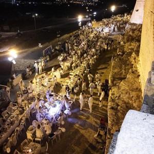 Cena in bianco a Ostuni 9 agosto 2015